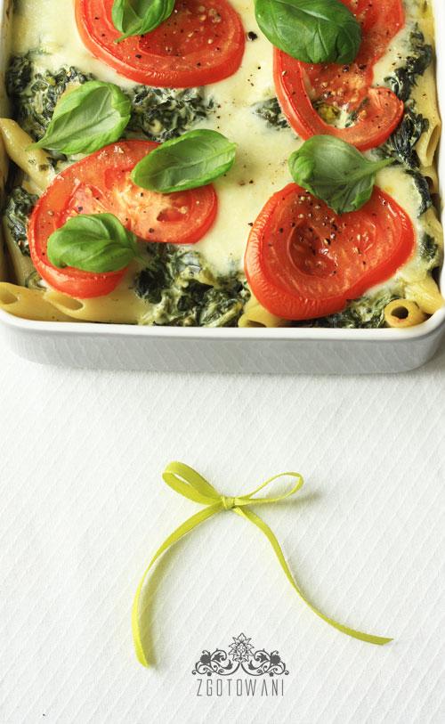 zapiekanka-ze-szpinakiem,-mozzarella-i-pomidorami-2
