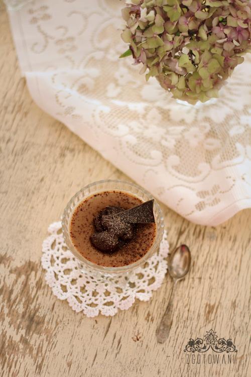domowy-budyn-kawowy-z-czekolada-5