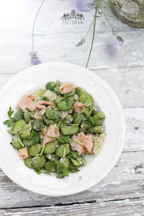 salatka z komosa ryzowa, bobem i lososiem 6