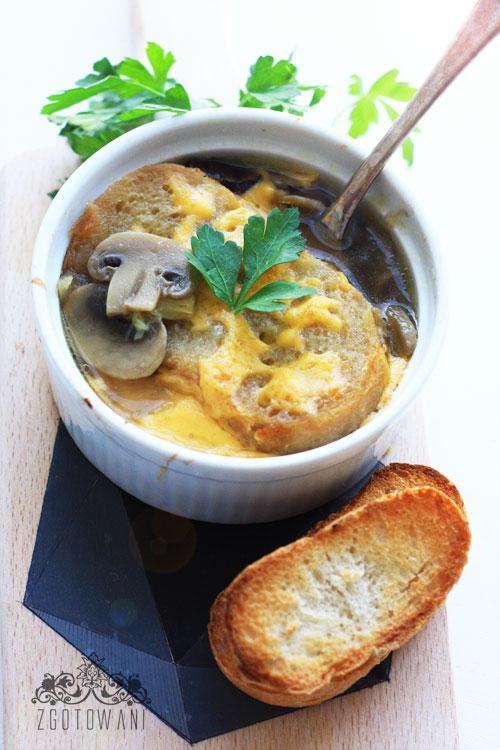 zupa-cebulowo-pieczarkowa-1