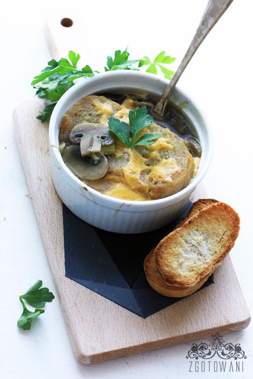 zupa-cebulowo-pieczarkowa-3