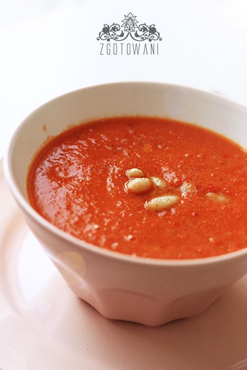 zupa-krem-z-pomidorow-i-fasoli-3
