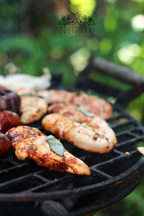 salatka z grillowanym kurczakiem1