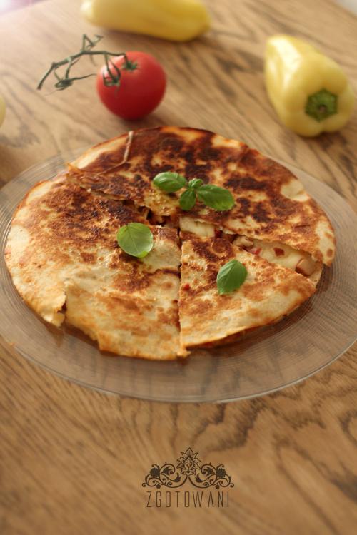 quesadillas-z-kurczakiem-papryka-mozzarella-i-pomidorem-3