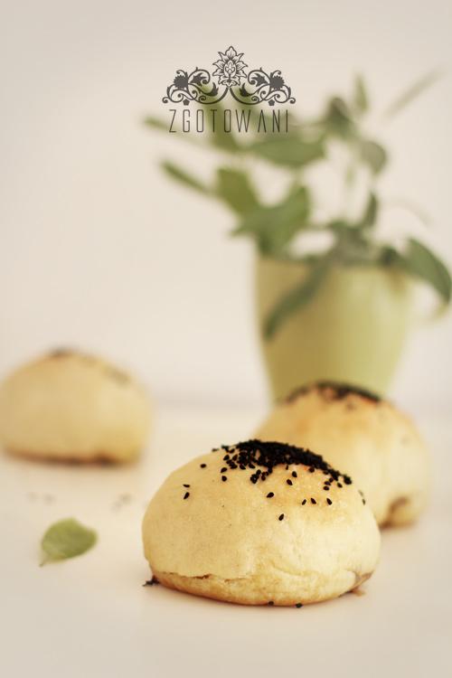 drozdowe-buleczki-z-pieczarkam-ii-mozzarella9