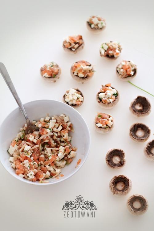 pieczarki-faszerowane-wedzonym-lososiem-i-mozzarella-11
