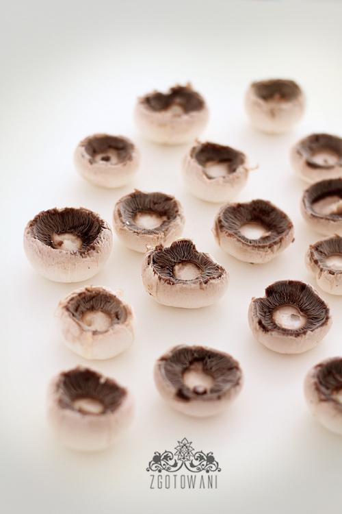 pieczarki-faszerowane-wedzonym-lososiem-i-mozzarella-5