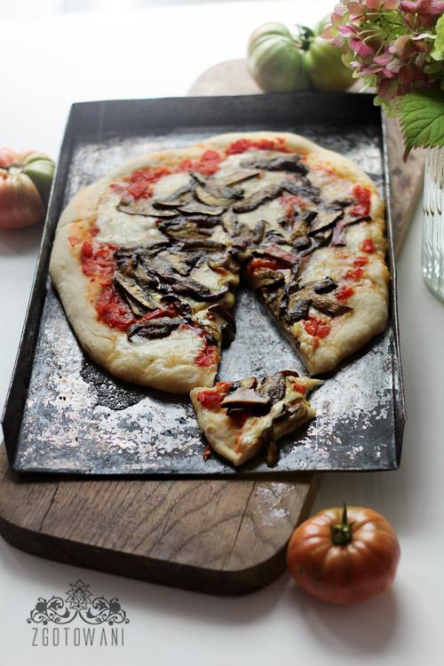 pizza-z-lesnymi-grzybami-9