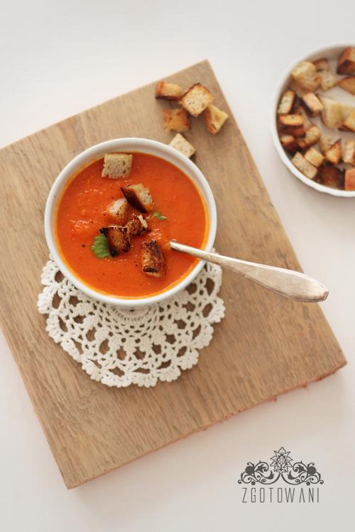 zupa-krem-z-pieczonej-papryki-i-pomidorow-5