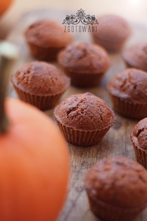 muffinki-dyniowe-z-orzechami-laskowymi-2