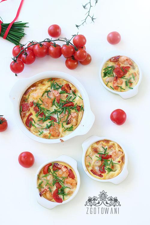 fritatta-z-krewetkami,-pomidorkami-i-serem-mozzarella-5